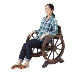 車輪デザインベンチ 幅110cm ※写真は幅65cmタイプです。