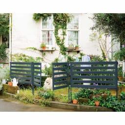 プロのように仕上がる欧風ボーダーフェンス ロータイプ用・ハイタイプ用ゲート 圧迫感を感じさせないロ―フェンス(別売)と組み合わせて庭と道路をゾーニング。ゲートを付ければ庭への出入りがしやすくなります。※お届けはゲート単品です。