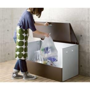 ガルバ製ゴミ保管庫 レギュラータイプ 幅100奥行55cm 写真