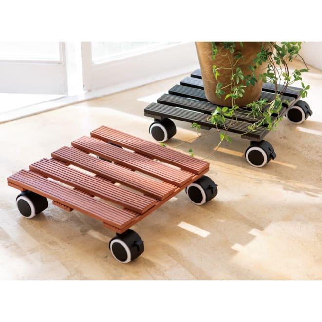 人工木キャスター付き鉢台 同色2個組 左から(イ)ブラウン (ア)ダークグレー 2個組
