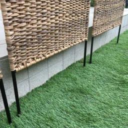 英国風天然素材調フェンス 1枚 地中に差し込んで設置します。