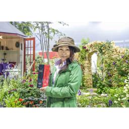 バイタルV-RNA 根・土壌集中活性液(380cc) 国際バラとガーデニングショウで植栽デザインを担当した、GARDENSの宮本里美さんも、使ってます。