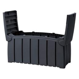イギリス製大容量収納ベンチ フタは開けた状態で固定できます。
