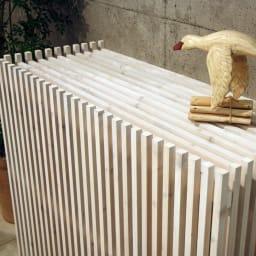 縦格子エアコン室外機カバー カバーのみ モダンデザインの天然木製エアコン室外機カバー。
