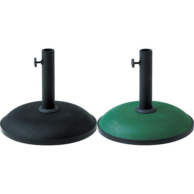 シンプルパラソルベース 11kgの重さでパラソルをしっかり支えるコンクリート製。 装飾のないシンプルなデザインは、どんなテーブルにもマッチします。左から(ア)ブラック (イ)グリーン