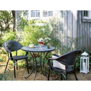 グリーンモザイクテーブル&チェア3点セット(テーブル径75+チェア2脚組) 写真