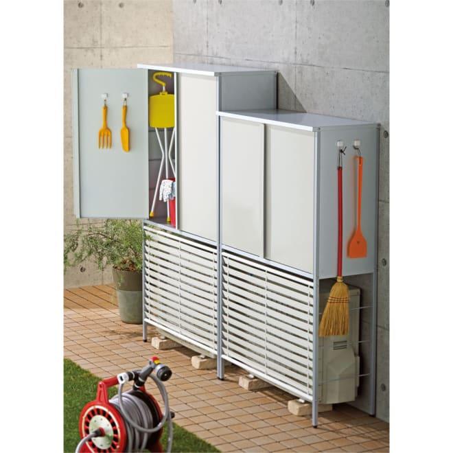 ガルバ製逆ルーバー室外機カバー 収納庫付き ミドル (イ)ホワイト ※お届けは写真右「ミドルタイプ」です。