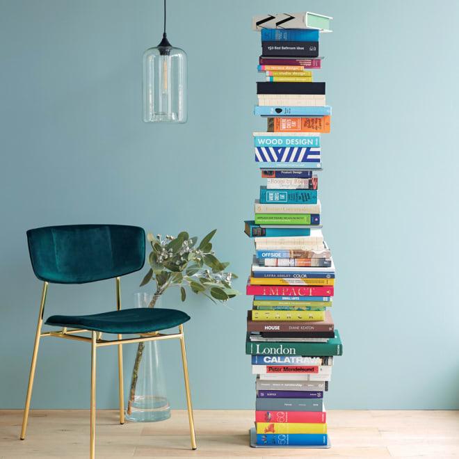 DOTTUS/ドッタス ブックシェルフ まるで本が積み重なったように収納することができます。