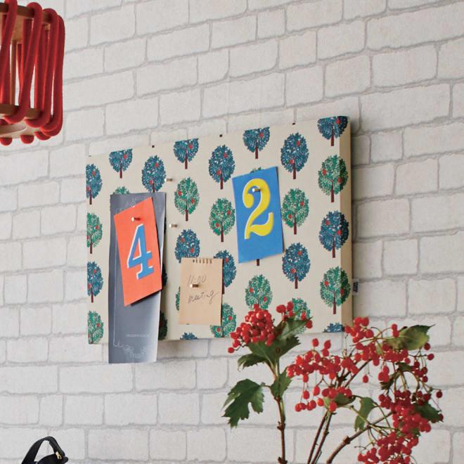 スタジオヒッラ ファブリックマグネットパネル 壁を印象的に飾りながら、メモボードにもなるファブリックパネル