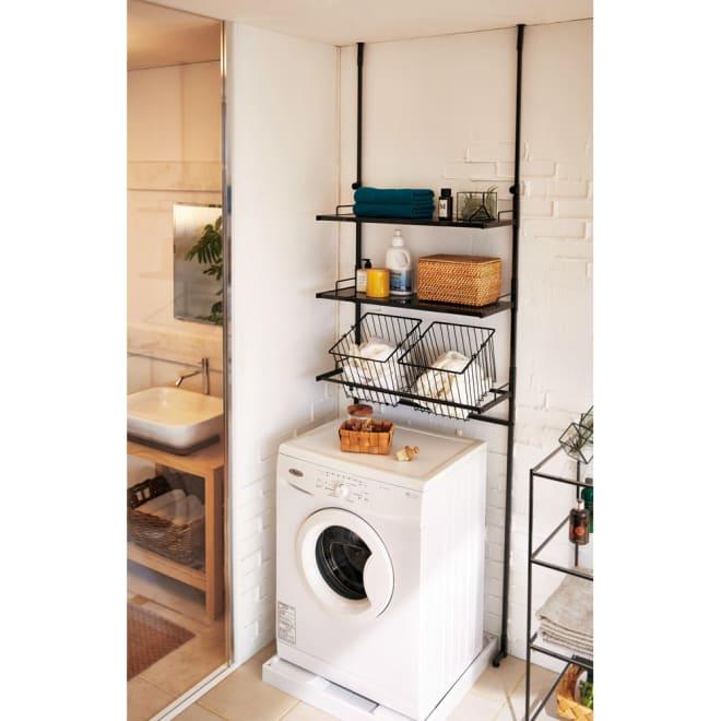 Ventol(ヴェントル) ランドリーラック 棚2段 バスケット2個 チャコール 洗濯機まわりをクールな印象にするランドリーラック。濃い色で空間を締めることで北欧風のランドリーが作れます。