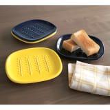 サクサクのパンを楽しめる! CRUST/クラスト パン皿2枚組 写真