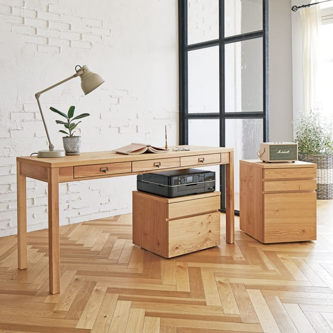 Roize/ロイゼ ヴィンテージ調デスク デスク 幅150cm 風合い豊かな北海道産ミズナラを使用したデスクで、お洒落なホームオフィススタイルが完成。(外寸cm)幅150奥行50高さ71