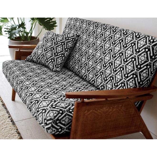 スペイン製フィットカバー Zuma/ズマ ソファカバー アームなし 画像は座面・背もたれ専用カバーです。