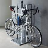 フック可動式サイクルスタンド アクリル棚付き 1台用 写真