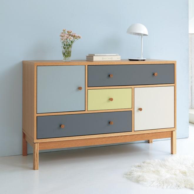 Abbey wood アビーウッド サイドボード ヨーロッパのインテリア雑誌から飛び出してきたような端正で楽しいデザイン。