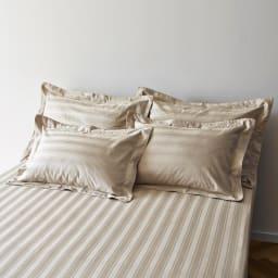 Sateen/サティーン ストライプ 超長綿カバーリング ピローケース(2枚組) サンドベージュ シルクのようになめらかなコットン製です。 ※お届けはピローケース(同サイズ同色2枚組)です。