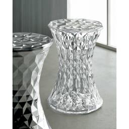 Stone/ストーン スツール クローム [Kartell・カルテル/デザイン:マルセル・ワンダース] 手前が「クローム」。スタンダードカラーとの組み合わせも楽しいスタイリングです。