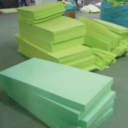 総革張り・レザーソファシリーズ ラブソファ・幅162cm[LX コレクション](2人掛け) POINT.2ウレタン作りもなんとメーカー自社工場で!
