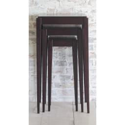 PHILOS/フィロス スリムレッグシリーズ ネストテーブル(大・中・小の3台セット) ダークブラウン 収納時はコンパクト。テーブル大のサイズに収まります。