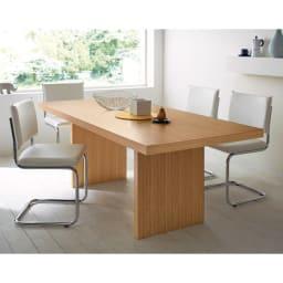 Multi マルチダイニングテーブル パネルレッグタイプ 幅180cm コーディネート例:ナチュラル ※お届けはテーブル幅180cmタイプです。