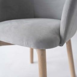 Ridge/リッジ ダイニングセット 天然木長方形テーブル5点セット チェアも角のないデザインで、膝裏のあたりも優しく仕上げています。