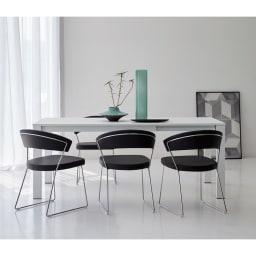 5点セット イタリア製伸長式ダイニングテーブル+NewYorkチェア4脚  テーブル幅130cm(伸長時190cm) [コーディネート例]ブラック