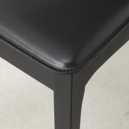 5点セット Connubia/コヌビア 伸長式テーブル+Philadelphiaチェア4脚  テーブル幅130cm(伸長時190cm) 座面前側 アップ