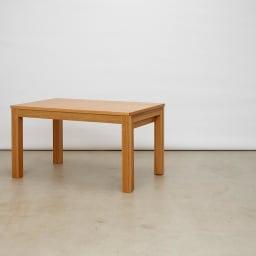 伸長式テーブル 幅130~215cm Vilske/ヴィルスク 伸長式ダイニングシリーズ 収納時(長さ130cm)