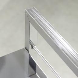 ステンレス製キッチンワゴン 幅33.5cm 取っ手があるからダイニングへの移動も簡単。