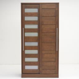NexII ネックス2 天然木キッチン収納 キャビネット 幅100cm 向かって右側の扉にはミスト風ガラスをはめ込み、柔らかい印象に仕上げました。