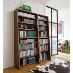 Winkel/ヴィンケル オーク天然木ななめ本棚 幅60cm・ハイ コーディネート例