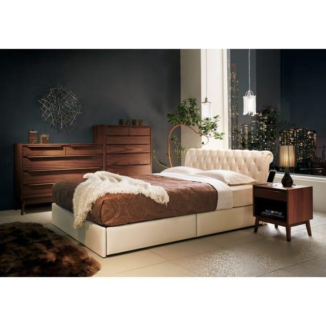 LeClass/ルクラス 引き出し付きベッド 高密度ポケットコイルマットレス [使用イメージ]ホワイト ※写真はダブルサイズです。
