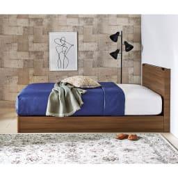 Pahkina/パーキナ 収納ベッド クラリス ヘッドボードはスリムタイプで邪魔にならない。 写真はマジェスタのマットレスをセットアップしています。