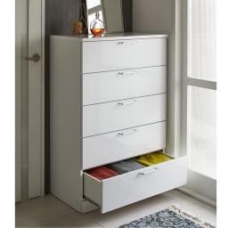 Muro/ムーロ ホワイトモダンチェスト 幅80cm 5段 空間を無駄なく活用して、どんどん増える衣類をすっきり収納。