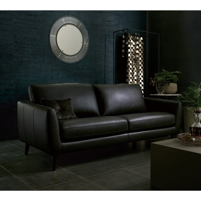 Luola/ルオラ 総革張りレザーソファ トリプルソファ(3人掛け) (ア)ダークブラウン 本革の質感が感じられるソファです。