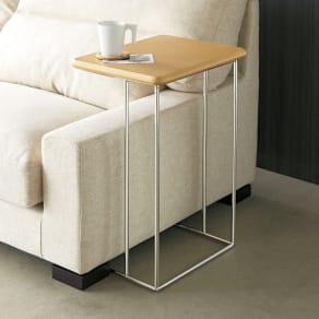 ステンレス脚のソファテーブル  高さ65cm 写真