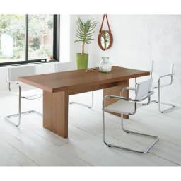 Multi マルチダイニングテーブル パネルレッグタイプ 幅180cm コーディネート例:ウォルナット ※お届けはテーブル幅180cmタイプです。
