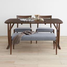 4点セット(チェア2脚・ベンチ1脚) kolmio/コルミオ ダイニングシリーズ テーブル幅150cm×85cm コーディネート例 テーブル・ベンチ・チェア4点セット カバーはグレー1色となります。(イ)ダークブラウン