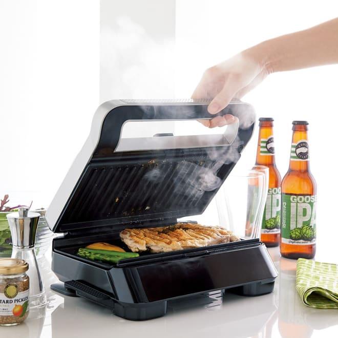DeLonghi/デロンギ マルチグリル エブリデイ サンド & ワッフルメーカー (SW13ABCJ-S) お肉や野菜などの食材を挟んでグリルするだけでメインディッシュが完成。