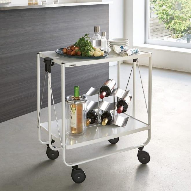 LEIFHEIT/ライフハイト たためるワゴン サイドカー 料理や飲み物のサーヴィングカートとして大活躍のキッチンワゴンです。