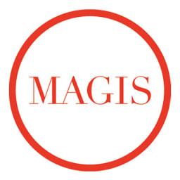 MAGIS/マジス  360°コンテナ 5段(高さ72cm) 1976年創業のイタリアの家具ブランド。「日常の製品にこそ、優れたデザインを」をテーマに、新しい変化をもたらす商品を次々と発表。世界70ヵ国に発信れるその斬新なプロダクトは、世界中で数多くの賞を受賞するなど、高く評価されています。