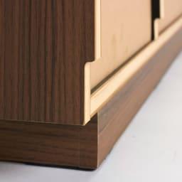 AlusStyle/アルススタイル リビングシリーズ サイドボード幅120.5cm 背面は幅木カット仕様で壁にぴったり設置可能です。