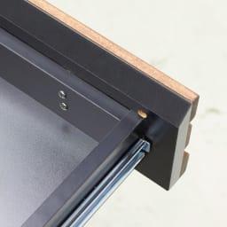 AlusStyle/アルススタイル チェストシリーズ 三面鏡ドレッサー 幅80.5cm 引き出しはしっかりとした箱組式(箱状の引き出しに、さらに別に前板をつけたもの)を採用しています。