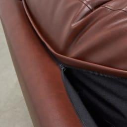 Cammello/キャメロ 革張りソファ コーナーカウチ 背もたれクッションはファスナーで固定できます。