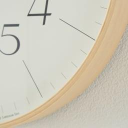 RIKI CLOCK/リキクロック 電波時計 径30.5cm[デザイン:渡辺力] サンセリフ体