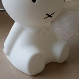 Mr.Maria miffy/ミスターマリア ミッフィー ルームライト ミッフィオリジナルランプ ポリエチレン製で、固くしっかりとした作りです。