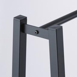 ヴィンテージ調 スリム Aライン ハンガー 幅60cm 丈夫な角パイプは、高級感のある艶消し塗装。