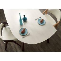 Hyva/ヒュヴァ ダイニングシリーズ 変形テーブル 幅140 天板部分アップ