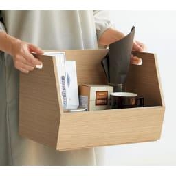 スタッキング収納ボックス 2段 キャスター付き 持ち手付きで、持ち運びも楽。