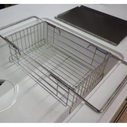 頑丈シンク深型スライド水切り ご自宅のシンクに合わせて設置可能です。